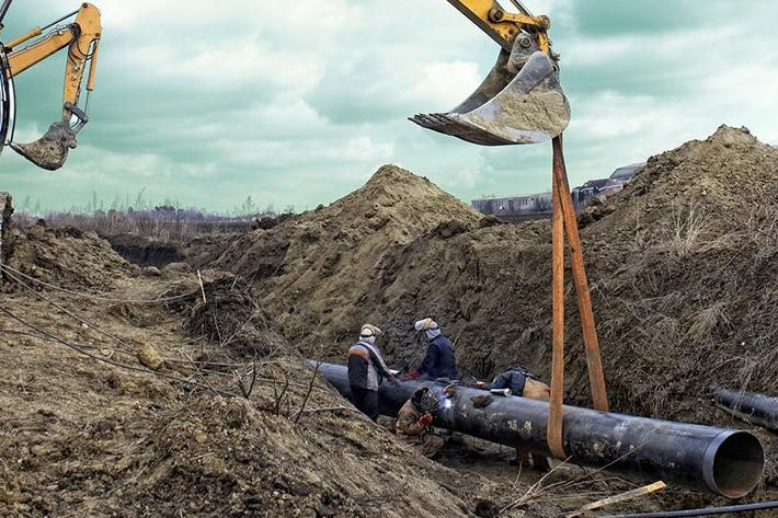 прокладка-труб-земляные-работы